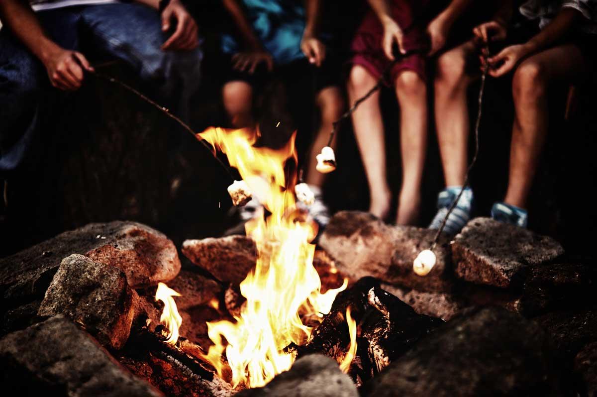 Una fogata en familia, Sierra Lago Resort